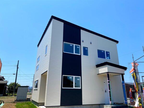 【7月17日NEW OPEN】燕吉田モデルハウス!圧倒的なリビングの〇〇にご注目!